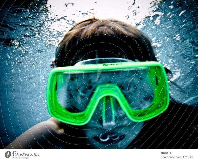 schwester frosch Mensch Kind Wasser blau Mädchen Sport feminin Kopf Angst lustig Kindheit verrückt bedrohlich Schwimmbad tauchen Neugier