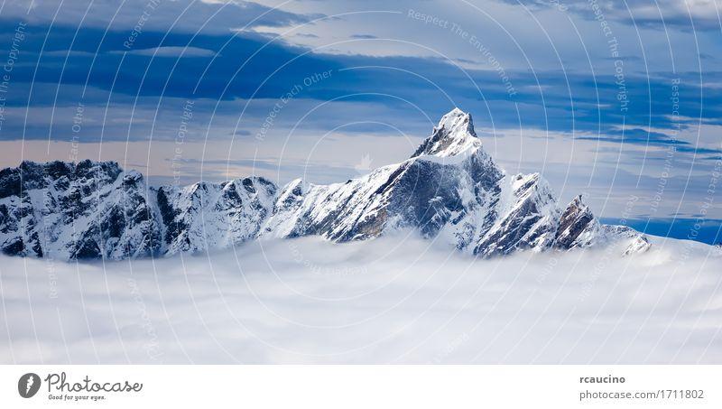 Berg Dent d'Hérens (4174) in den Alpen Italien Ferien & Urlaub & Reisen Tourismus Ausflug Winter Schnee Berge u. Gebirge Natur Landschaft Himmel Wolken