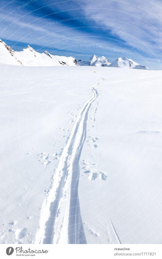 Mensch Himmel Natur Ferien & Urlaub & Reisen schön weiß Landschaft Winter Berge u. Gebirge Wege & Pfade Sport Schnee Tourismus Europa Aussicht Abenteuer