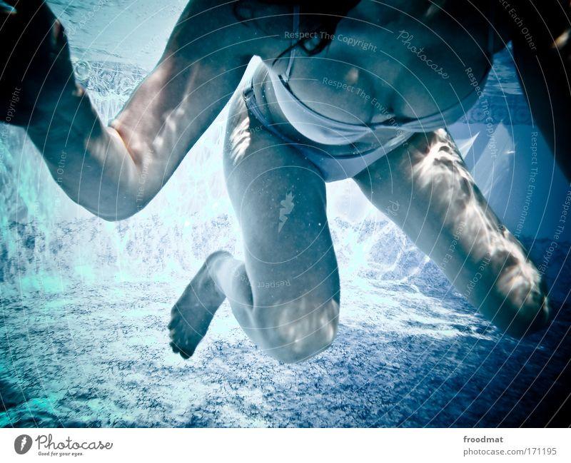 brustschwimmen Mensch Frau Jugendliche schön Erwachsene Leben feminin Erotik nackt Beine Schwimmen & Baden nass ästhetisch 18-30 Jahre Junge Frau