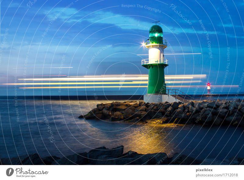 Fähre auf der Ostsee Ferien & Urlaub & Reisen Tourismus Ausflug Sightseeing Kreuzfahrt Landschaft Wasser Nachthimmel Küste Bucht Meer Warnemünde Deutschland
