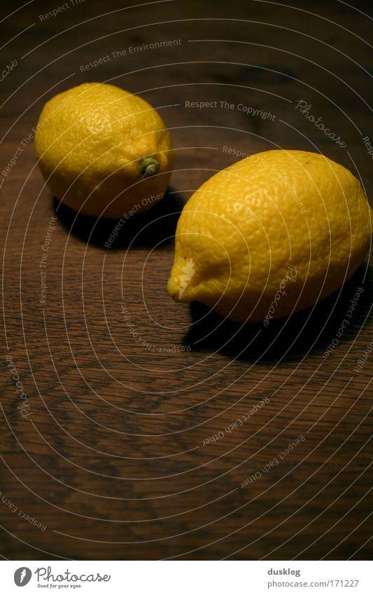Zitronen gelb Ernährung Lebensmittel Holz hell Gesundheit Orange Frucht natürlich frisch Tisch leuchten Bioprodukte exotisch Erfrischung Diät