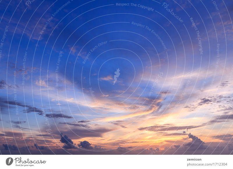 Schöner Himmel und Sonnenuntergang schön Ferien & Urlaub & Reisen Sommer Umwelt Natur Landschaft Wolken Horizont Skyline blau gelb rot Asien Abenddämmerung