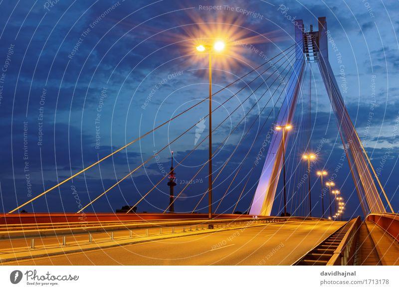 Pylonbrücke Ludwigshafen Deutschland Europa Stadt Stadtrand Brücke Bauwerk Architektur Sehenswürdigkeit Wahrzeichen Straße Autobahn Hochstraße blau braun