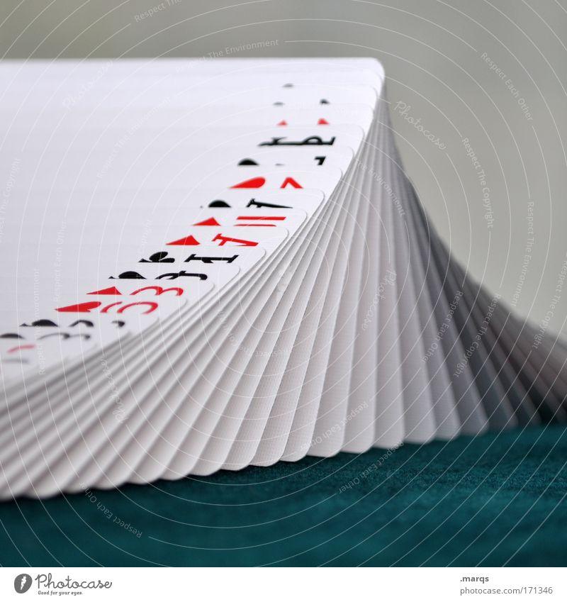 Peak Farbfoto Nahaufnahme Spielen Kartenspiel Poker Glücksspiel Nachtleben Entertainment Erfolg ästhetisch Freude Wachsamkeit gewissenhaft ruhig Fairness