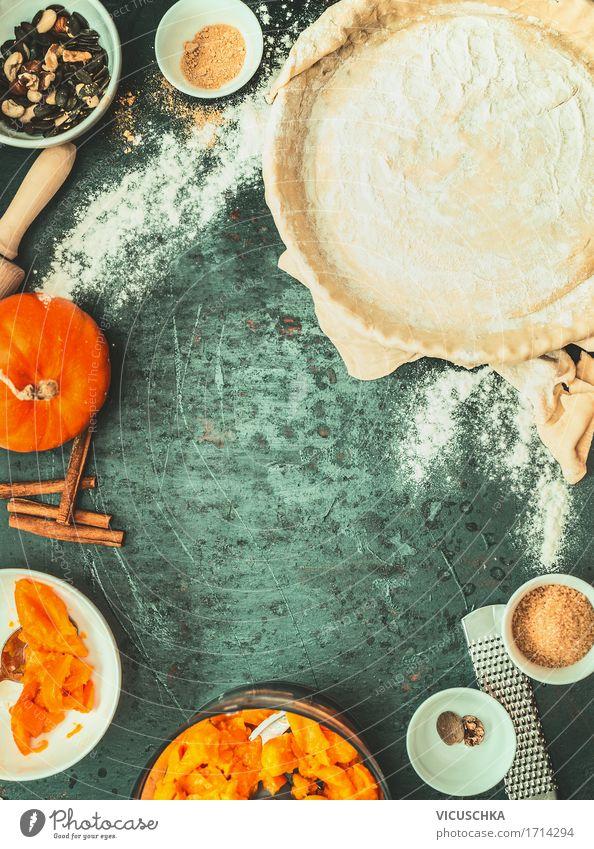 Kürbiskuchen machen von vicuschka. ein lizenzfreies stock foto zum ...