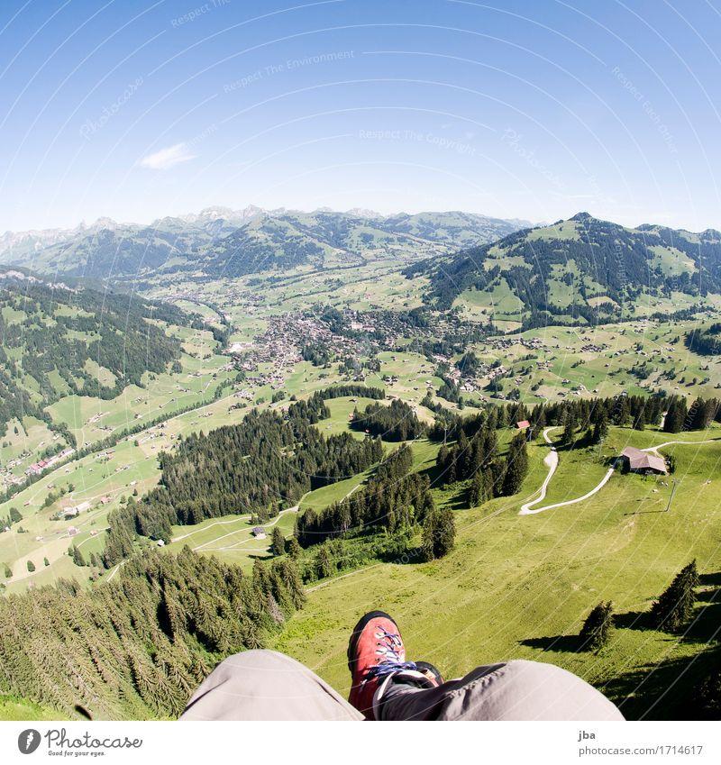 Abgleiten von der Wispile II Himmel Natur Sommer Landschaft Erholung ruhig Ferne Berge u. Gebirge Leben Sport Lifestyle Freiheit fliegen Luft Freizeit & Hobby