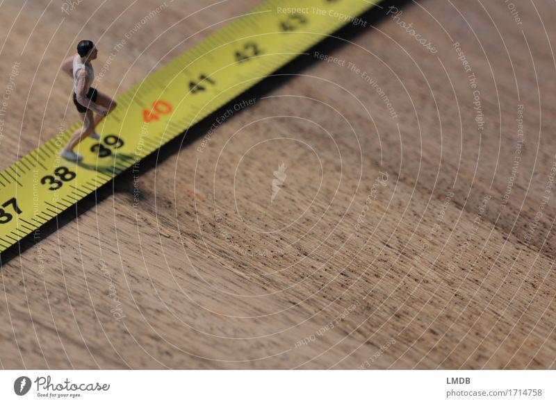 ...auf die 40 zu laufen... sportlich Fitness Sport Sport-Training Leichtathletik Sportler Joggen Rennbahn Mensch maskulin Mann Erwachsene Körper 1 30-45 Jahre