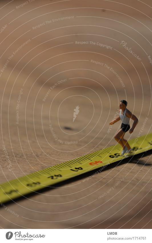 ...unwillig richtung 40... Mensch Mann Erwachsene Senior Sport Gesundheit maskulin laufen Fitness sportlich rennen Sport-Training anstrengen Rennbahn Konkurrenz Sportler
