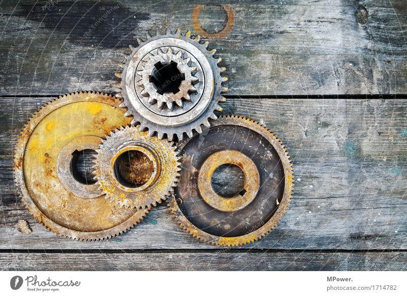 verzahnt alt drehen Getriebe Holz Industrie Industriefotografie Maschine Maschinenbau Maschinenteil Motor Rost Schwerindustrie Stahl Zahnrad Werkstatt Reparatur