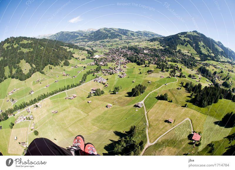 Abgleiten von der Wispile IV Himmel Natur Sommer Landschaft Erholung ruhig Ferne Berge u. Gebirge Leben Sport Lifestyle Freiheit fliegen Luft Luftverkehr