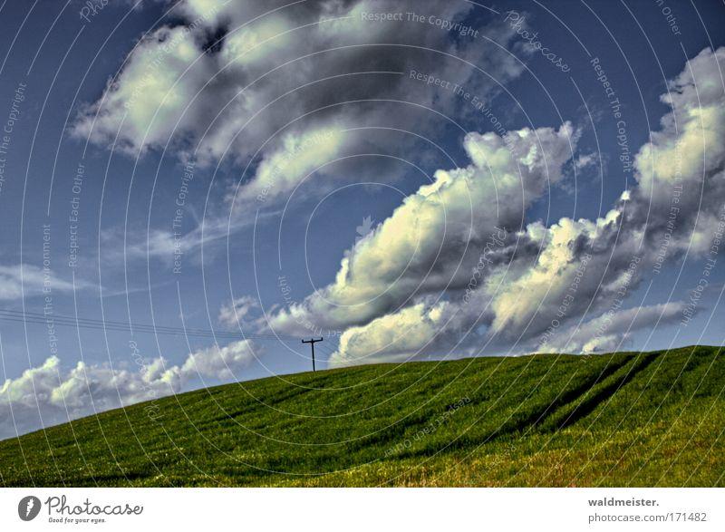 Landschaft Natur Himmel grün blau Ferien & Urlaub & Reisen ruhig Wolken Erholung Feld Hügel Landwirtschaft Ackerbau Textfreiraum Mecklenburg-Vorpommern