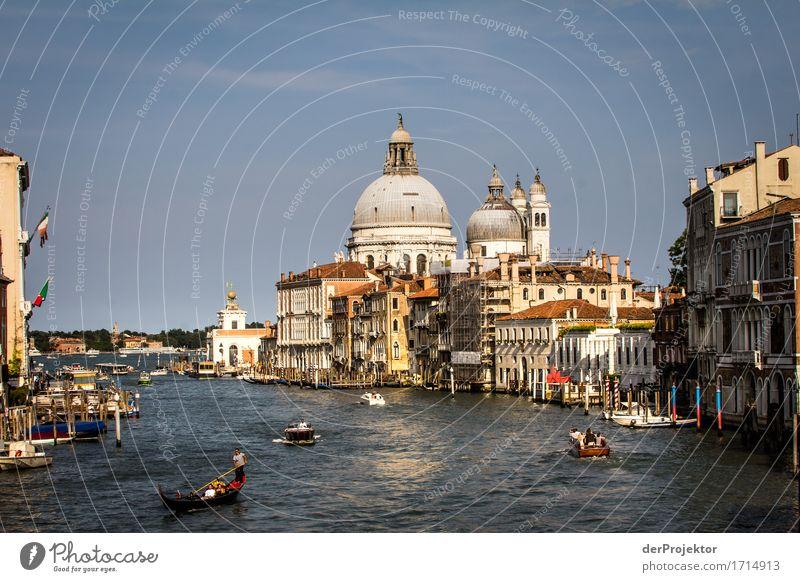 Canale Grande in Venedig Ferien & Urlaub & Reisen Tourismus Ausflug Sightseeing Städtereise Kreuzfahrt Sommerurlaub Sehenswürdigkeit Wahrzeichen Denkmal