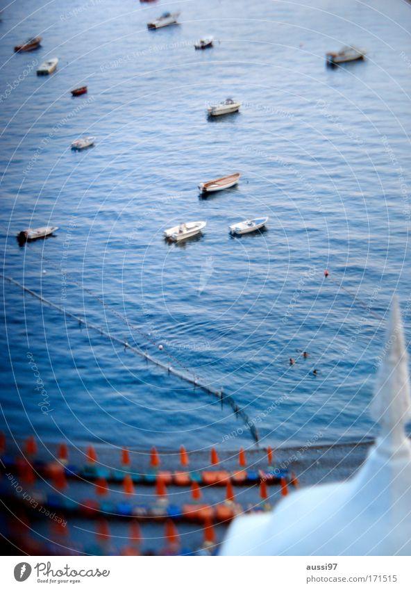 Ab heute: Urlaub! Farbfoto Menschenleer Tag Sonnenlicht Unschärfe Weitwinkel Ferien & Urlaub & Reisen Tourismus Ferne Kreuzfahrt Sommerurlaub Meer Segeln