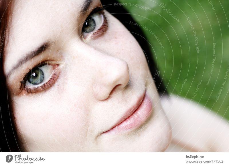 not for sale Mensch Jugendliche schön Erwachsene Junge Frau feminin Gefühle Kopf 18-30 Jahre Lächeln Freundlichkeit Schminke Kosmetik Optimismus Frauengesicht