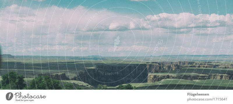 Beautiful Amerika (o) Himmel Wolken Tag Schatten Berge u. Gebirge Grand Canyon USA Landschaft Pflanze Tier Aussicht Ferne Menschenleer Sträucher Vulkankrater