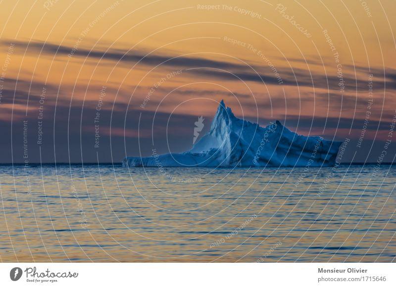 Eisberg Natur blau Landschaft Meer Reisefotografie gelb orange Frost maritim Kanada Neufundland