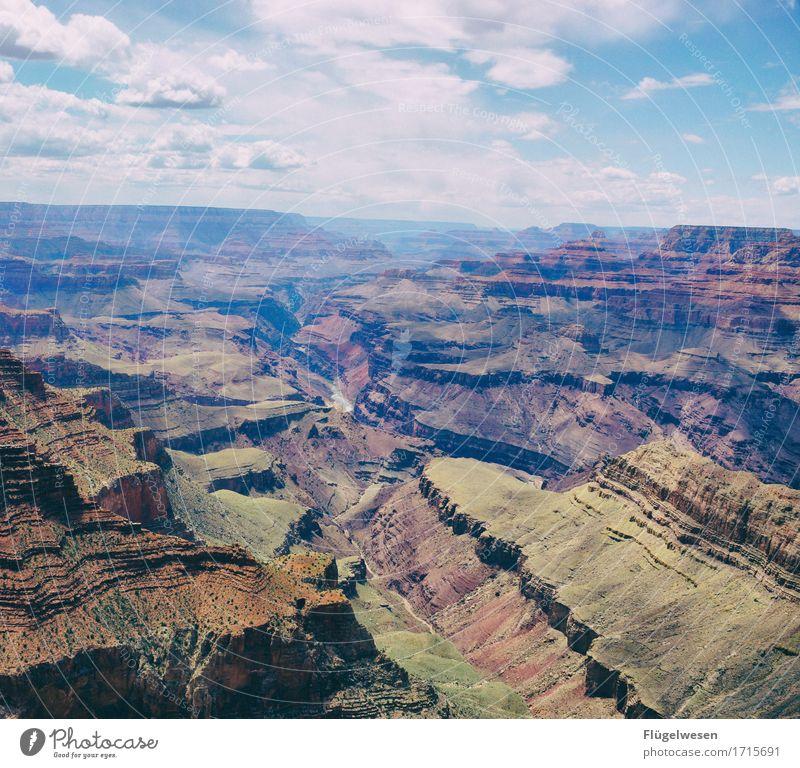 Beautiful Amerika (q) Himmel Wolken Tag Schatten Berge u. Gebirge Grand Canyon USA Landschaft Pflanze Tier Aussicht Ferne Menschenleer Sträucher Vulkankrater