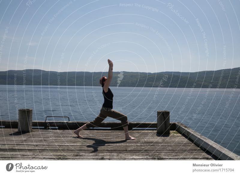 Yoga Sport Fitness Sport-Training Natur Landschaft Seeufer frei sportlich Kanada Frau Mädchen Gesundheit gesund Leben Lifestyle Farbfoto Gedeckte Farben