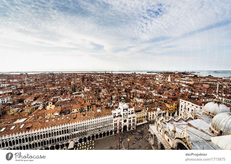 Blick auf den Markusplatz in Venedig Ferien & Urlaub & Reisen alt Sommer Haus Ferne Architektur Gebäude Tourismus ästhetisch Ausflug authentisch Insel Abenteuer