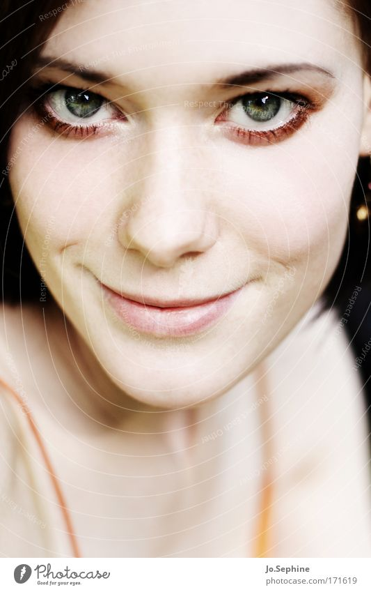 sunshine schön Gesicht Schminke feminin Junge Frau Jugendliche Auge 1 Mensch 18-30 Jahre Erwachsene Kommunizieren Lächeln Blick leuchten Freundlichkeit Neugier