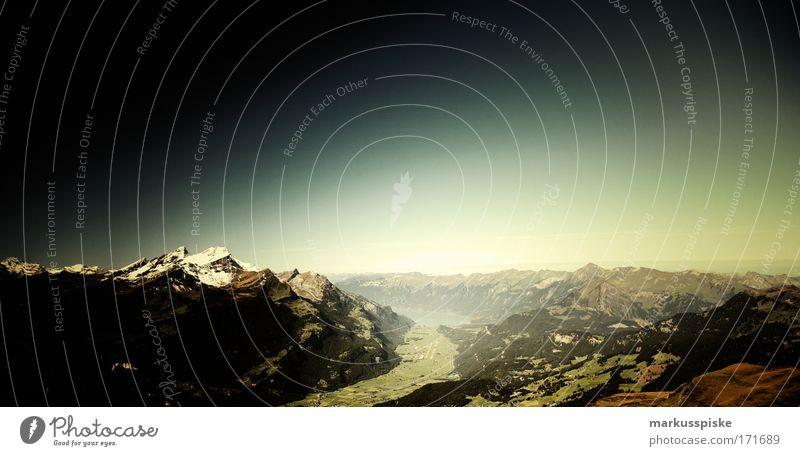 blick vom hasliberg Natur Himmel Sonne Sommer Ferien & Urlaub & Reisen Ferne Berge u. Gebirge Freiheit Landschaft groß Horizont Felsen Ausflug Tourismus Schweiz Alpen