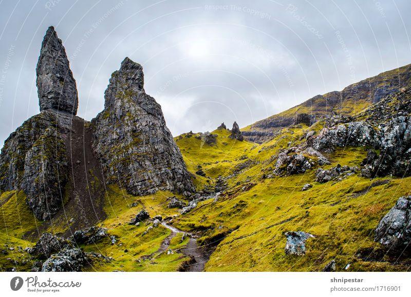 The Storr Himmel Natur Ferien & Urlaub & Reisen Pflanze Landschaft Erholung Wolken Ferne Berge u. Gebirge Umwelt Frühling Freiheit Tourismus Wetter wandern