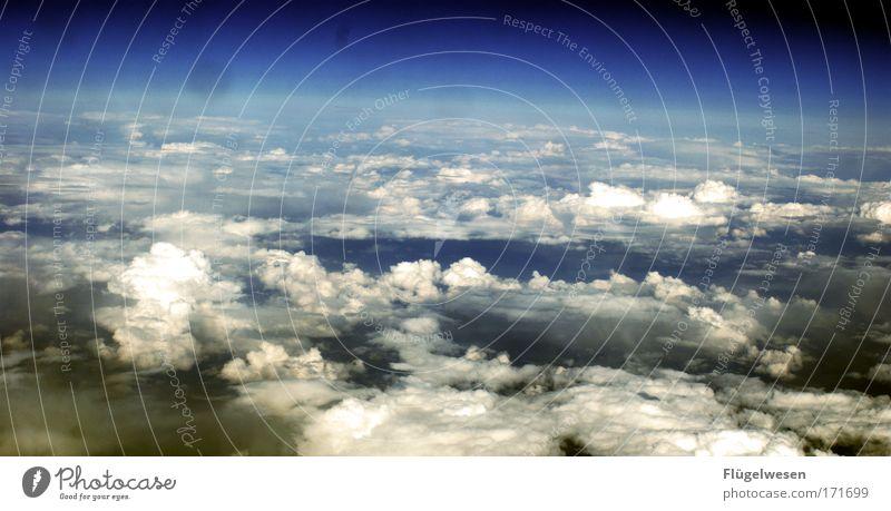 Heftig alter, guck dir mal die Wolken an! Himmel schön Erholung Umwelt Glück Zufriedenheit fliegen Flugzeug Luftverkehr authentisch Coolness einzigartig