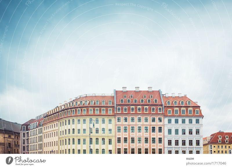 Dresden Himmel alt schön Haus Fenster Architektur Fassade Platz Kultur einzigartig historisch Sachsen klassisch Häuserzeile