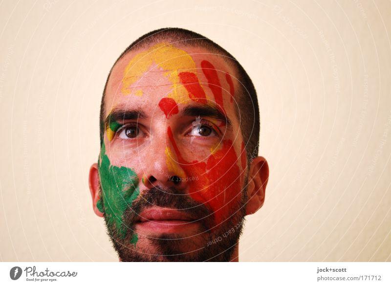 bemalter Mann denkt sich etwas dabei Gesicht Schminke Erwachsene 1 Mensch 30-45 Jahre Körpermalerei schwarzhaarig kurzhaarig Vollbart Blick Gesundheit