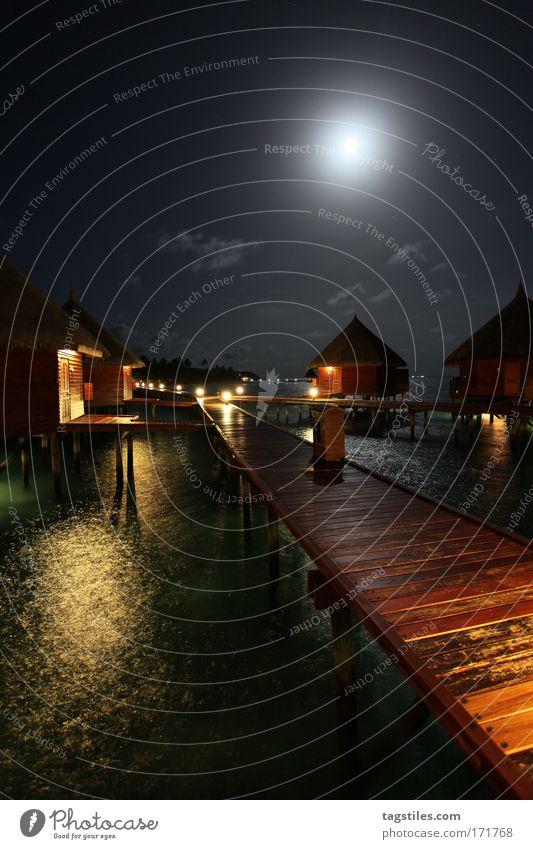 SCHEINBAR Wasser Meer Strand Ferien & Urlaub & Reisen dunkel Erholung Stern Insel Tourismus Reisefotografie Nacht Idylle Mond Wege & Pfade Steg Indien