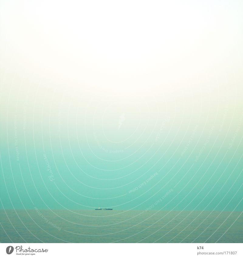 Wasserstraße Wasser Meer ruhig Einsamkeit Horizont frisch fahren Ziel Sehnsucht Ostsee Nordsee Fernweh Fjord Heimweh