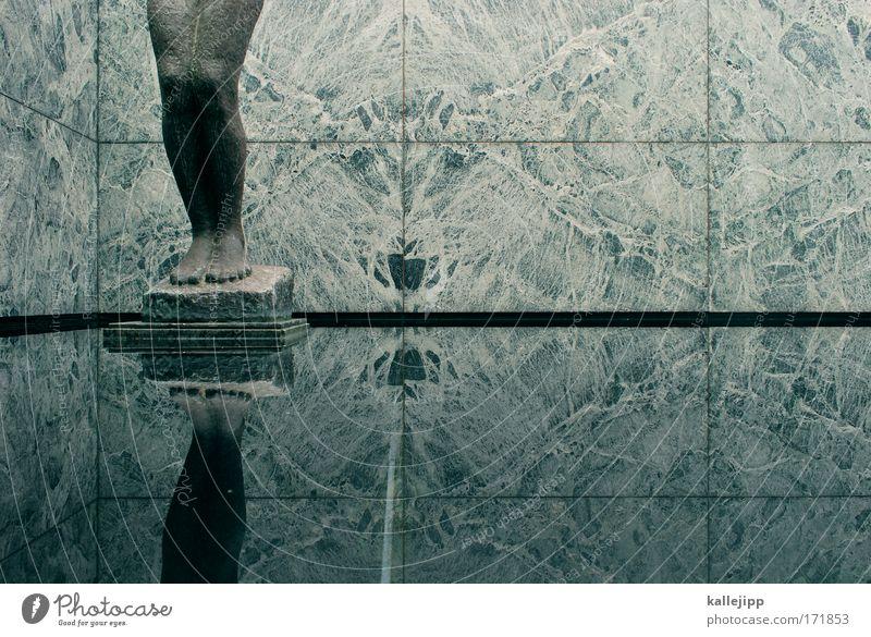 aphrodite Mensch Frau schön ruhig Erwachsene Erholung Leben feminin Architektur Stein Beine träumen Fuß Zufriedenheit Schwimmen & Baden ästhetisch