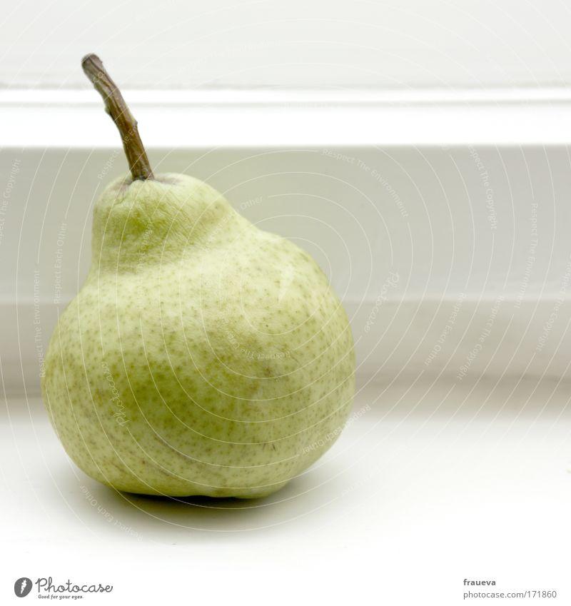 Birne Ernährung Lebensmittel Gesundheit Frucht fest lecker Bioprodukte Diät Fensterbrett