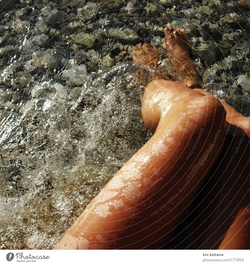 leidenschaft _ 04 Frau Jugendliche Wasser Meer Sommer Strand Ferien & Urlaub & Reisen ruhig Erotik Erholung nackt feminin Beine Haut Erwachsene nass
