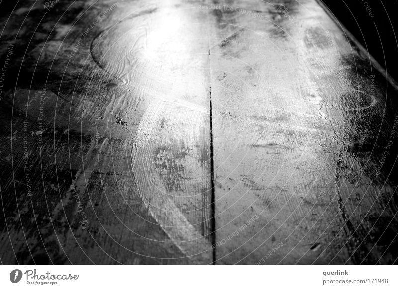 wet table Wasser alt Holz Wohnung nass Tisch Küche Häusliches Leben Reinigen