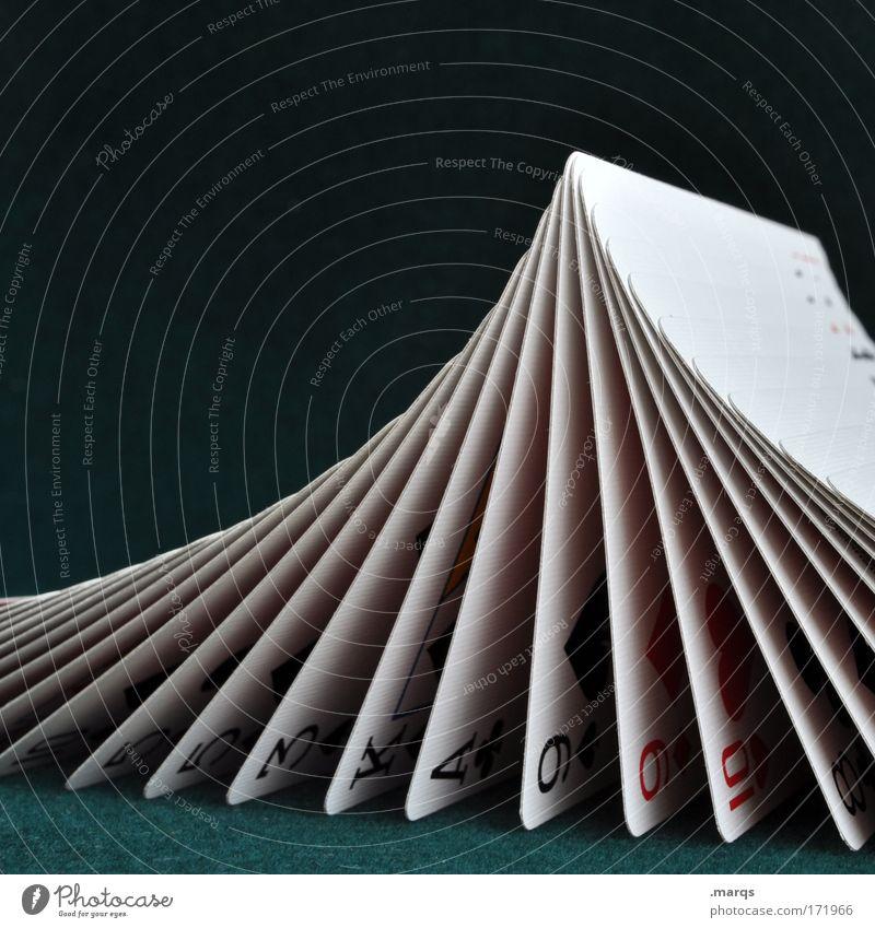 553KA9910 Farbfoto Detailaufnahme Freizeit & Hobby Spielen Kartenspiel Poker Glücksspiel Nachtleben Entertainment ästhetisch Erfolg Freude Wachsamkeit