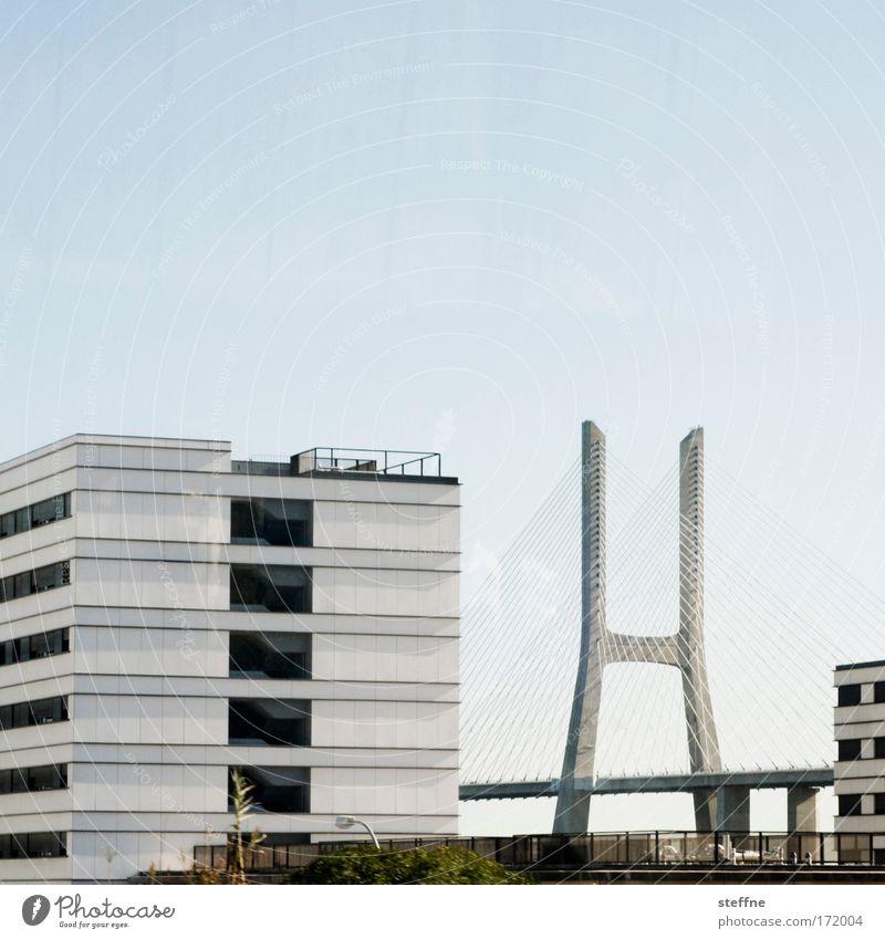 Vertrag von Lissabon Stadt Haus Brücke ästhetisch Portugal Hauptstadt