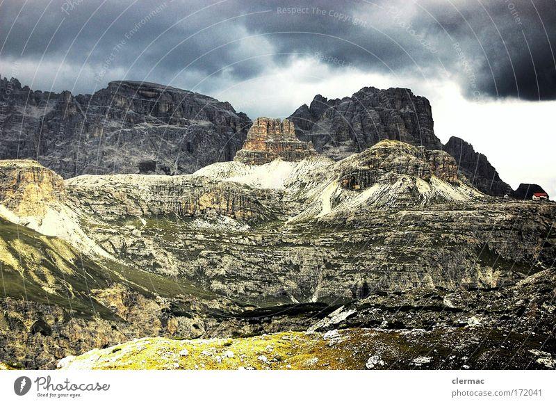 drei schuster Farbfoto Außenaufnahme Menschenleer Tag Blick nach vorn Natur Landschaft Himmel Wolken Gewitterwolken schlechtes Wetter Alpen Berge u. Gebirge