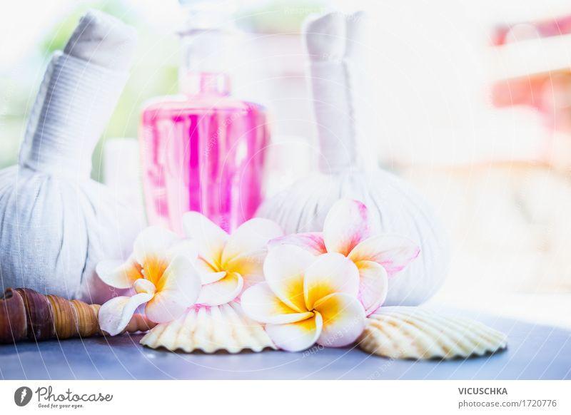 Tropische Frangipani Blumen mit Massage Kräuterstempeln Natur schön Erholung ruhig Stil Gesundheit rosa Design Wellness Bad Wohlgefühl Körperpflege Duft