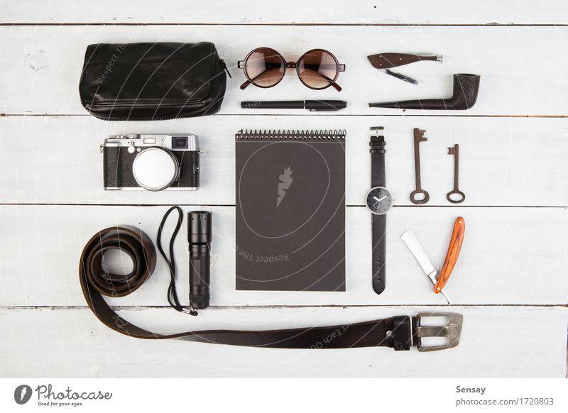 Reisekonzept - Satz des Materials der kühlen Männer Ferien & Urlaub & Reisen alt weiß schwarz Stil Holz Business Mode Tourismus Ausflug modern retro Aussicht