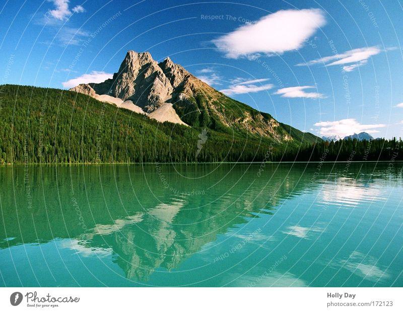 Der Edelstein unter den Seen Kanadas Himmel Natur Wasser grün schön Ferien & Urlaub & Reisen Sommer Wolken ruhig Wald Ferne Landschaft Berge u. Gebirge Freiheit