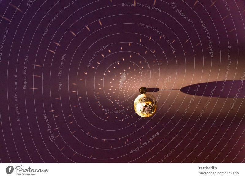 Discokugel Party Stimmung Beleuchtung Tanzen Freizeit & Hobby Tanzveranstaltung Lightshow Reaktionen u. Effekte Jugendkultur Lichteffekt Deckenbeleuchtung