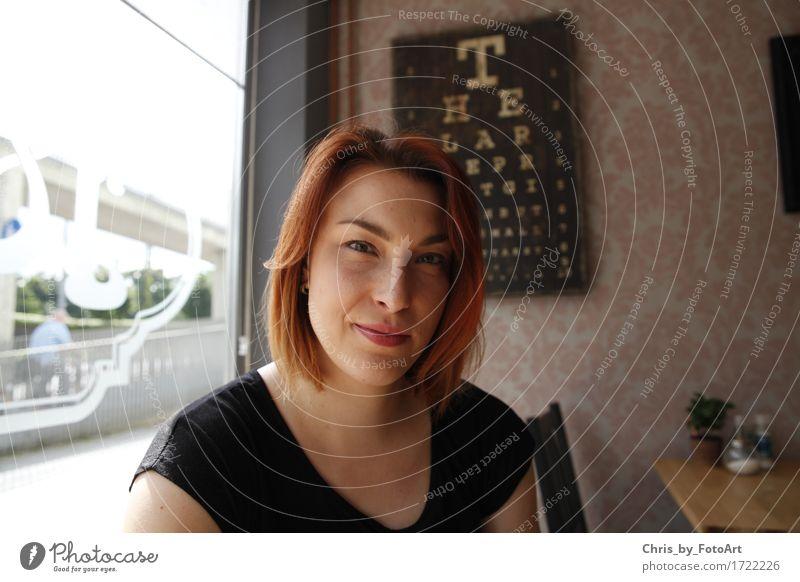 chris_by_fotoart Mensch Frau Jugendliche schön Junge Frau Freude 18-30 Jahre Erwachsene natürlich feminin Glück Zufriedenheit Fröhlichkeit Lächeln einzigartig