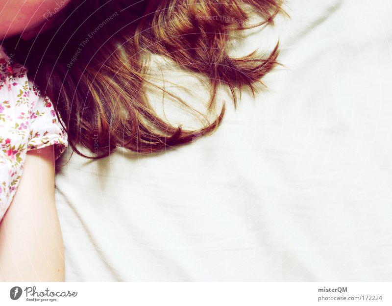Dreaming Of You. Frau Jugendliche Mädchen ruhig Erholung Haare & Frisuren Erde Denken rosa ästhetisch schlafen Perspektive Zukunft Bett Konzentration brünett