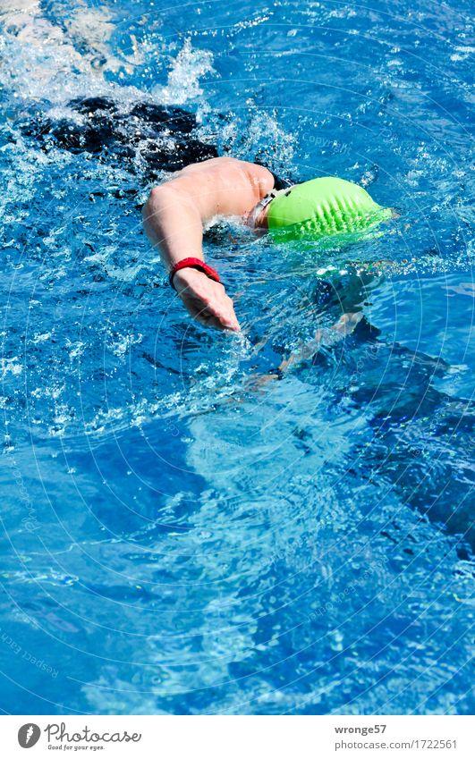 Triathlon - Schwimmen Mensch Jugendliche blau grün Junge Frau 18-30 Jahre schwarz Erwachsene Sport feminin Schwimmen & Baden Fitness Schwimmbad Schwimmsport sportlich Sport-Training