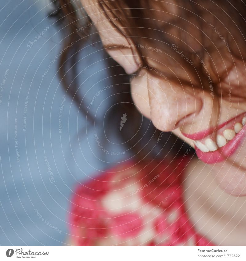 Sommerglück. Mensch Frau Jugendliche schön Junge Frau rot Freude 18-30 Jahre Gesicht Erwachsene Auge feminin Glück Haare & Frisuren Kopf rosa