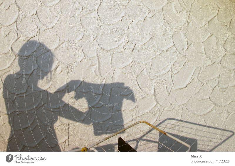 wieder ein kleines bisschen Diego bei PC Farbfoto Gedeckte Farben Außenaufnahme Licht Schatten Silhouette Häusliches Leben Kindererziehung feminin Frau