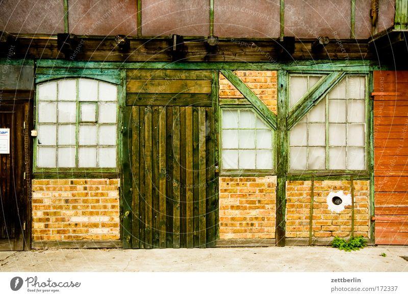 Delitzsch delitzsch Sachsen Werkstatt Tür Tor Fachwerkfassade Mauer Haus Lager Fenster Holzbauweise Schiebetür Fassade präindustrialisierung Lagerschuppen