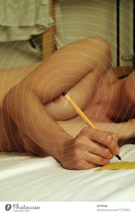 Lange Liste Frau Mensch Akt Hand Jugendliche Erotik nackt feminin Gefühle Glück Denken Wärme Körper Haut Erwachsene